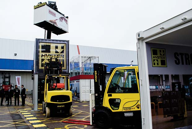 hyster-and-briggs-stand-at-imhx2013-1