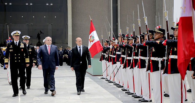 French Minister of Defence Jean-Yves Le Drian on a visit to Peru in 2000 Galeria del Ministerio de Defensa de Perú