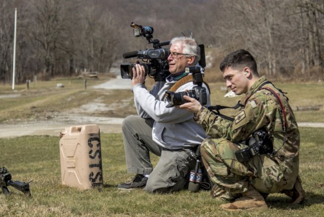 US Army Names Photographer of the Year – Warfare Today