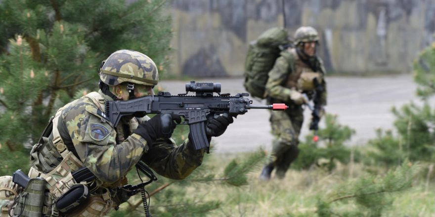 Czech Republic Army Airborne Assault during Saber Junction 17, 27 April 2017 (US Army)