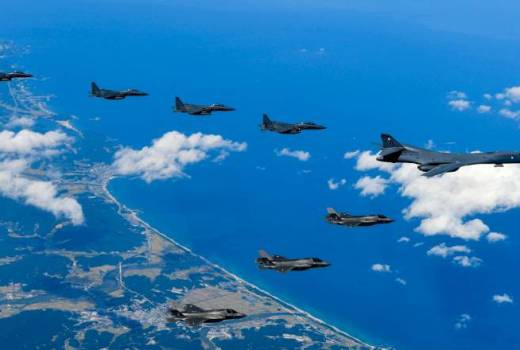 US Air Force B1-B and Marine Corps aircraft conduct a mission with the South Korean air force F-15Cs over the Korean Peninsula, Sept 18, 2017