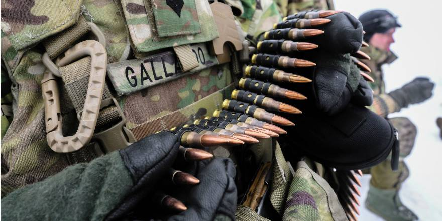 US Army 82nd Brigade Engineer Battalion, 2nd Armored Brigade Combat Team, 1st Div, Weapons Training with Danish Army Guard Hussars Coy in Estonia (US Army, 2018)[880]