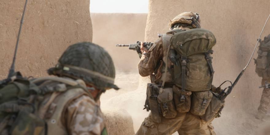 British Army Parachute Regiment (3 PARA) Operation Oqab Tsuka in Helmand Province, Afghanistan (Op HERRICK) (Crown Copyright, 2008)