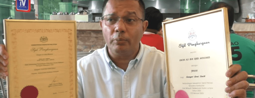 This M'sian Spent 10 Years Selling Burgers and Now He's a Millionaire