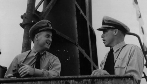 Morton and O'Kane aboard the Wahoo in 1943 via wikimedia.org