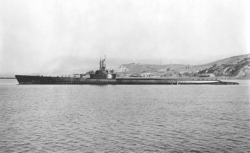 USS Tang (SS-306), off Mare Island Navy Yard, December 1943.