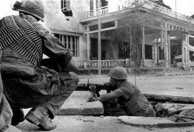 U.S. Marines fighting in Huế.