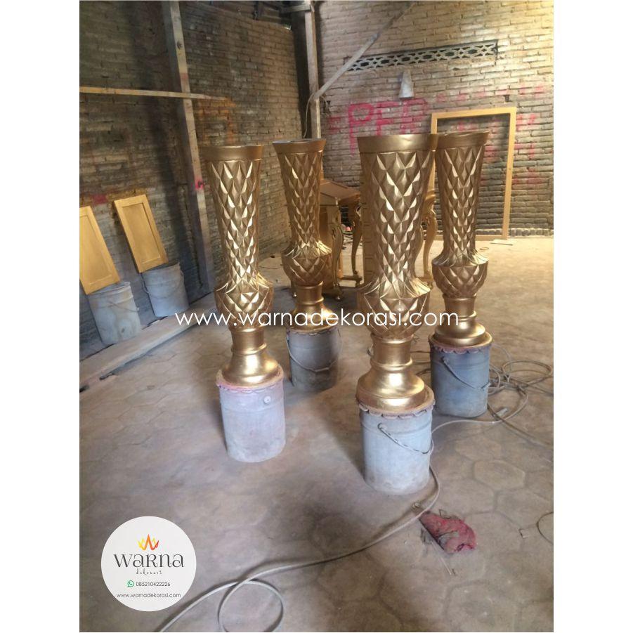 Pot Vas Bunga Nanas Gold, Pot Vas Bunga Pelaminan Gold, ahli dekorasi pelaminan, ahli dekorasi pelaminan jakarta, ahli dekorasi perkawinan, ahli dekorasi perkawinan jakarta, ahli dekorasi pernikahan, ahli dekorasi pernikahan jakarta, ahli wedding decoration, alat pesta, Dekorasi, dekorasi akad nikah, dekorasi catering, dekorasi gedung, dekorasi jepara, dekorasi panggung, dekorasi panggung jakarta, dekorasi pelaminan, dekorasi pelaminan gedung, dekorasi pelaminan internasional, dekorasi pelaminan jakarta, dekorasi pelaminan jawa, dekorasi pelaminan jepara, dekorasi pelaminan modern, dekorasi pelaminan rumah, dekorasi perkawinan, dekorasi perkawinan gedung, dekorasi perkawinan internasional, dekorasi perkawinan jakarta, dekorasi perkawinan jawa, dekorasi perkawinan rumah, dekorasi pernikahan, dekorasi pernikahan gedung, dekorasi pernikahan jakarta, dekorasi pernikahan jawa, dekorasi pernikahan modern, dekorasi pernikahan rumah, dekorasi rumah, dekorasi siraman, dekorasi tenda, dekorasi ulang tahun, dekorasi wedding, dekorasi wedding jakarta, dekorator pelaminan, dekorator perkawinan, dekorator pernikahan, dekorator wedding, gambar dekorasi pelaminan, gambar dekorasi pelaminan jakarta, gambar dekorasi perkawinan, gambar dekorasi perkawinan jakarta, gambar dekorasi pernikahan, gambar dekorasi pernikahan jakarta, Gebyok Dekorasi Pernikahan, mariage designer, marriage decoration, marriage decoration jakarta, marriage decorator, mebel dekorasi pelaminan, Meja Tempat Vas Bunga, pelaminan, perkawinan, pernikahan, sewa alat pesta, special wedding decoration, special wedding decorator, special wedding jakarta, tema unik dekorasi pelaminan, tema unik dekorasi perkawinan, tema unik dekorasi pernikahan, wedding, wedding decoration, wedding decoration jakarta, wedding dekorasi jakarta, wedding dekorator jakarta, wedding design, wedding design jakarta, wedding designer, wedding designer jakarta, permana mebel, permana mebel jepara, mebel dekorasi pelaminan, Dekorasi Pelaminan Spon 
