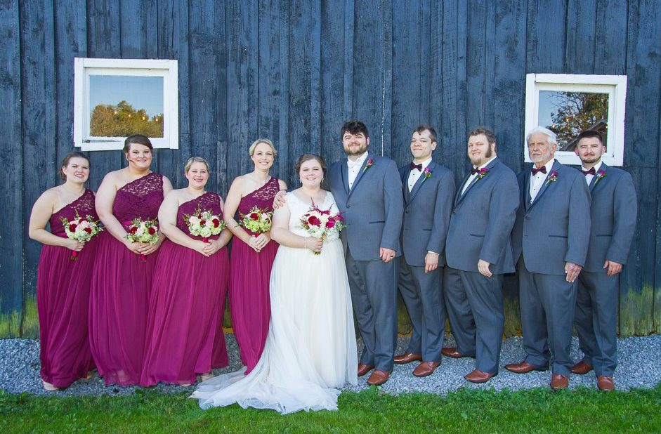 Wedding party portrait by Warrenwood barn