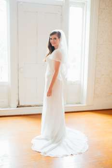 Bride in the second floor hall of Warrenwood Manor
