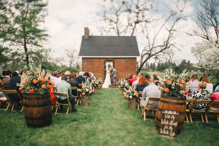 Spring estate wedding ceremony at Warrenwood Manor in central Kentucky