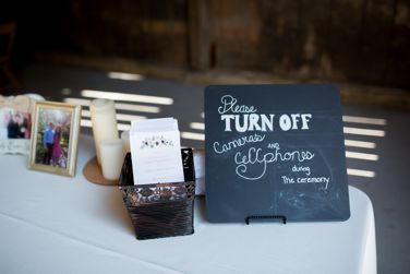 Cellphone free wedding ceremony sign
