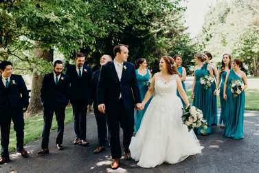 Traditional romantic Kentucky wedding, wedding party in navy and teal