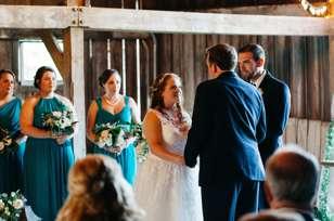 Traditional romantic wedding ceremony in Warrenwood barn