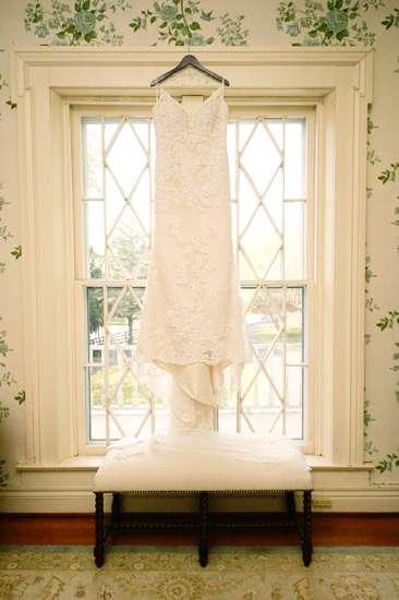 Wedding Dress in Historic Kentucky Mansion
