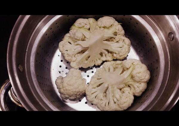 Steaming Cauliflower Moong (Mung) Beans | www.warriorinthekitchen.com