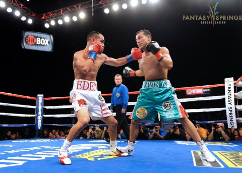 How a left hook should be thrown