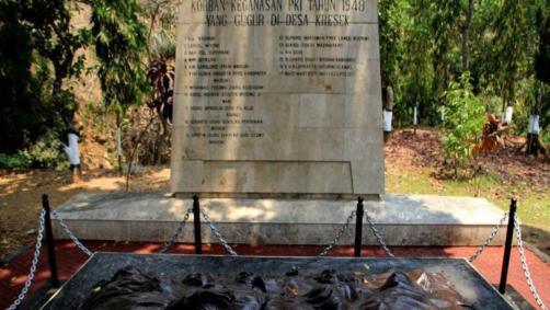 korban keganasan Pemberontakan PKI tahun 1948 di Desa Kresek