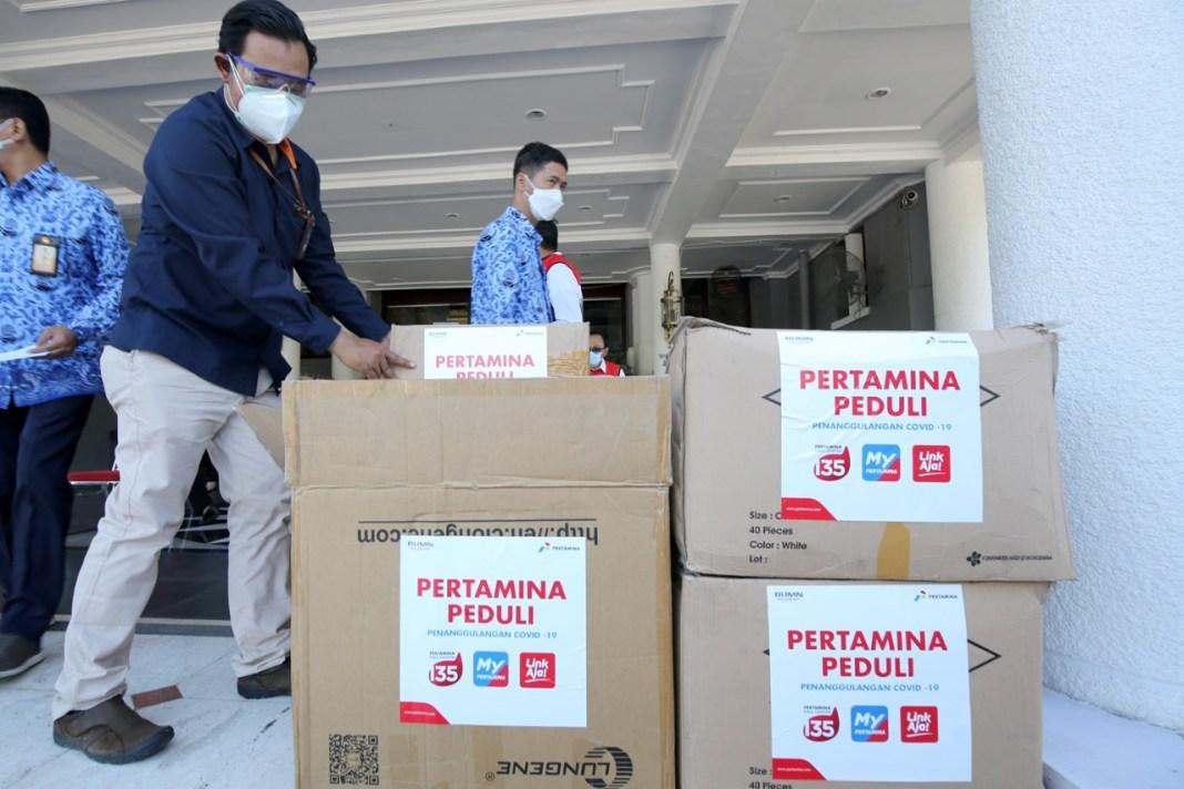 BUMN Gotong Royong Donasikan Bantuan untuk Pemkot Surabaya