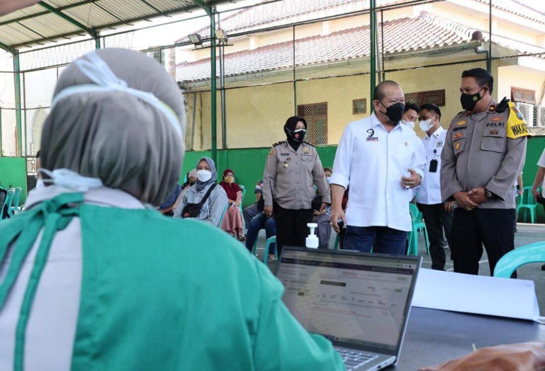 Penuhi Kebutuhan Nasional, Ketua DPD RI Dorong Produksi Massal Vaksin Merah Putih