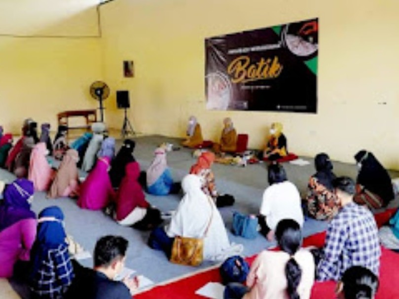 Menuju Kota Pariwisata, Ning Ita Bekali Wirausaha Batik Kota Mojokerto