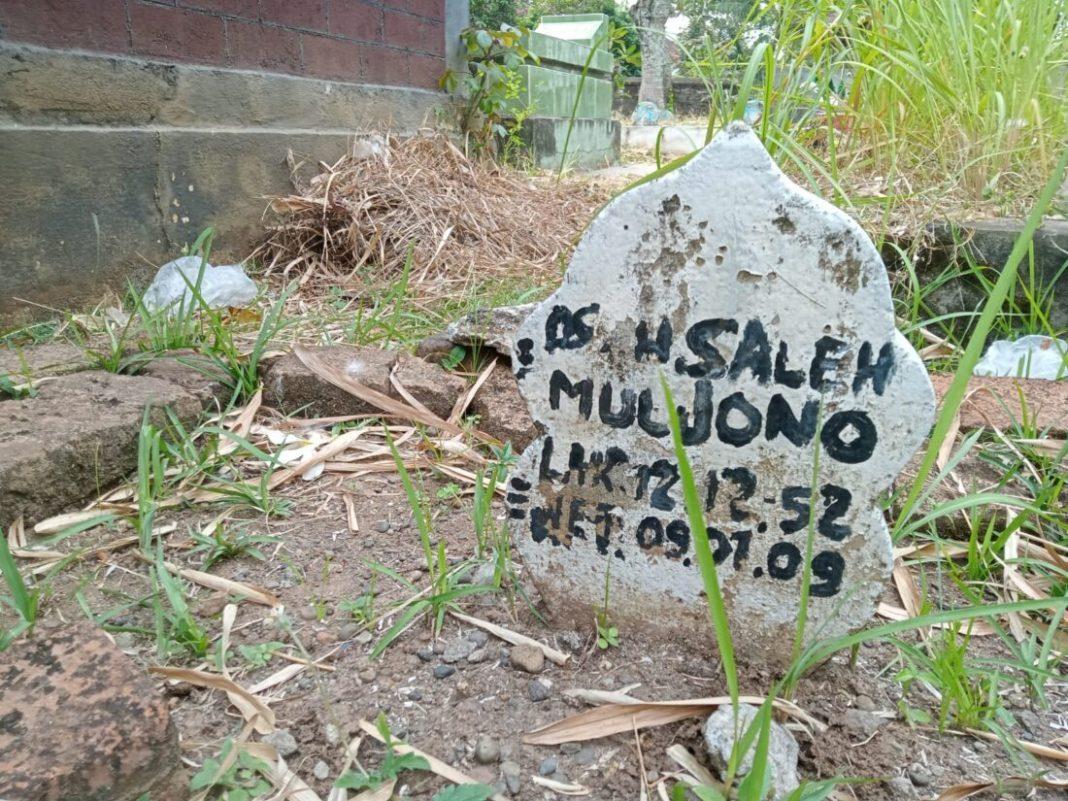 Memprihatinkan, Makam Mantan Bupati Magetan Saleh Mulyono Tidak Terawat