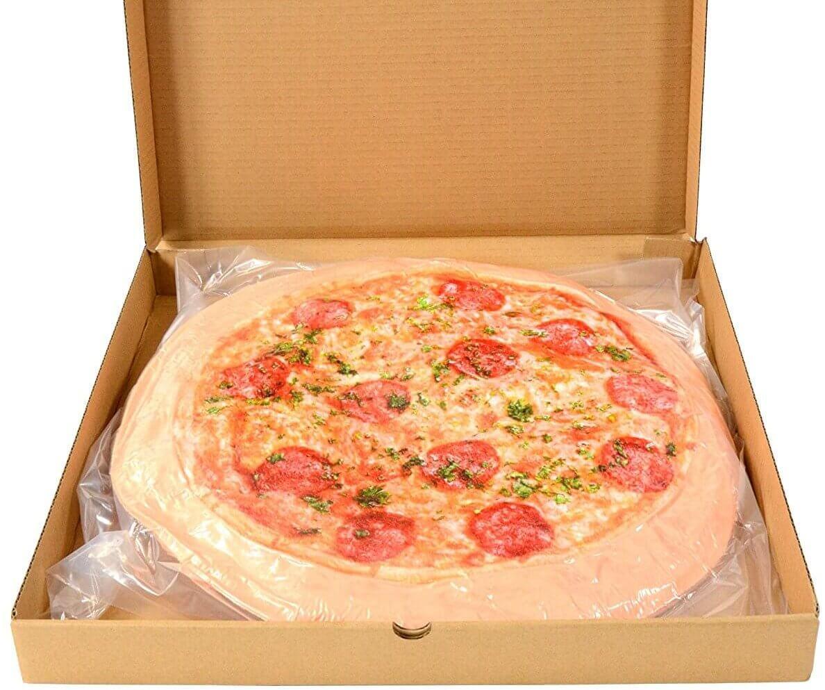 Kissen im Pizza Design