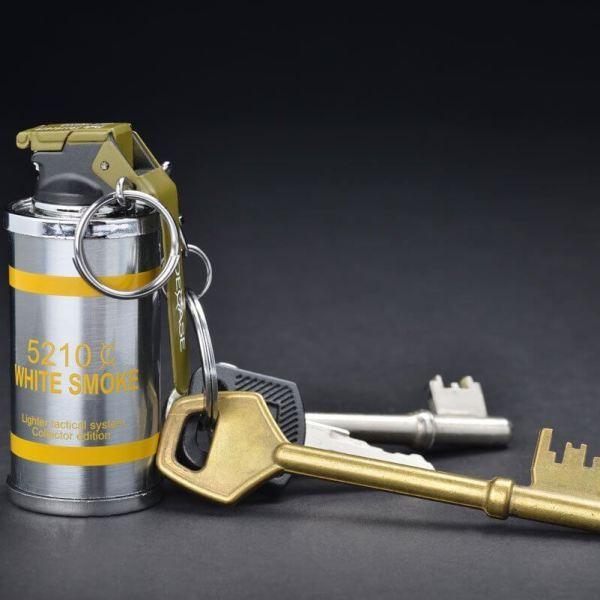 Feuerzeug im Granaten Design - Sturmfeuerzeug Granatnendesign - Geschenke für Männer kaufen Smoke Nade 4