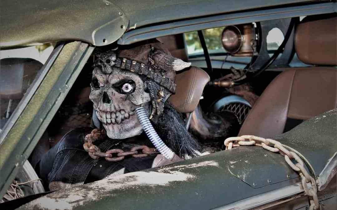 Autofahren an Halloween – Darf ich im Kostüm ans Steuer?