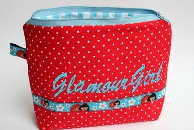 Schminktäschchen bestickt mit Glamour Girl | waseigenes.com