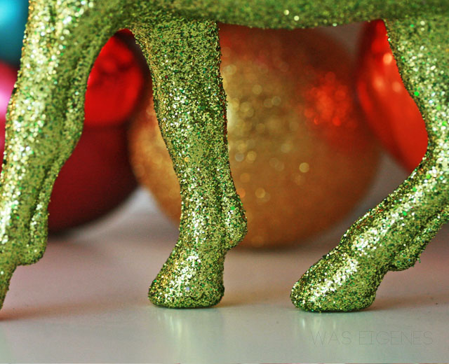 DIY Weihnachtskugelkranz   christmas ball wreath   selbermachen   crafts & DIY project   waseigenes.com