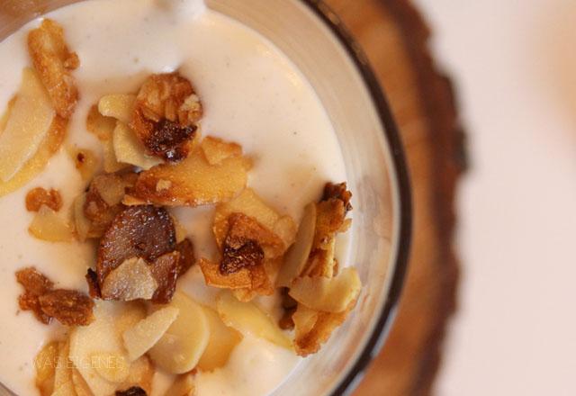 Kirsch Mandel Dessert mit gebrannten Mandeln | Rezept | waseigenes.com Blog