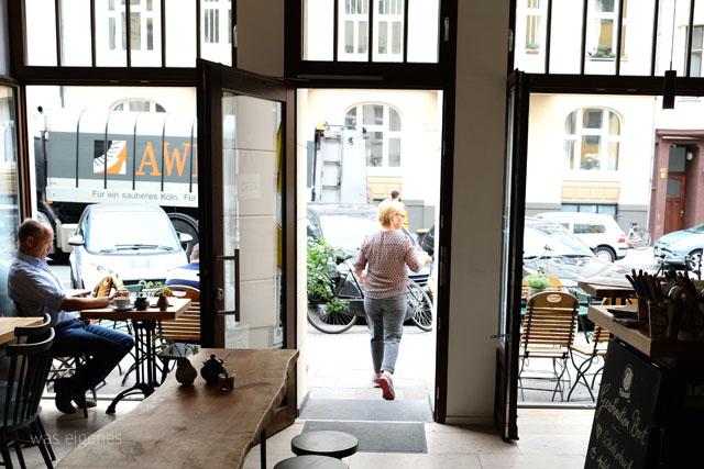 Köln Café & Bar: Geschnitten Brot | Südstadt | waseigenes.com