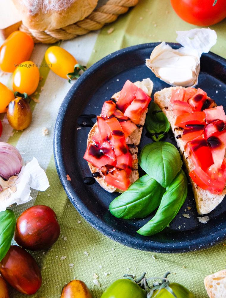Bruschetta mit selbst gebackendem Knoblauchbrot | waseigenes.com