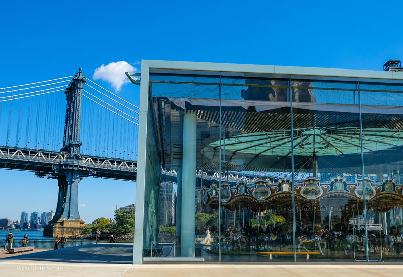 New York City: Jane's Carousel | Dumbo | Sightseeing Städtereise | waseigenes.com #NYC #JanesCarousel