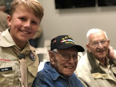 Cute kids with veterans at MOWA