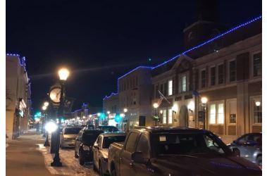 Hartford lights show thin blue line