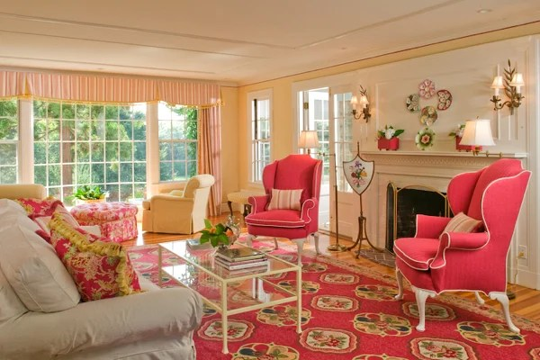 Get The Look Preppy In Pink—and Yellow Washingtonian