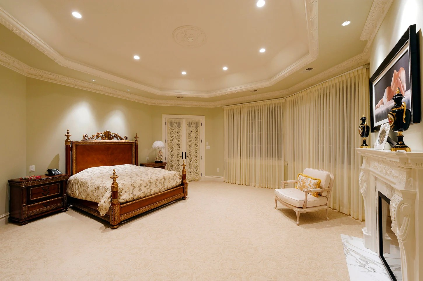 This 125 Million McLean Mansion Has a Ballroom and an