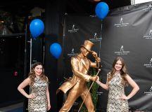 Photos: Johnnie Walker Keep Walking Statue Reveal images 0