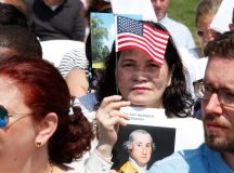 PHOTOS: US Naturalization Ceremony at Mount Vernon images 0