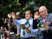 PHOTOS: US Naturalization Ceremony at Mount Vernon images 8