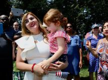 PHOTOS: US Naturalization Ceremony at Mount Vernon images 11
