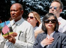 PHOTOS: US Naturalization Ceremony at Mount Vernon images 2