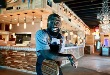 Meet the NFL Player-Turned-Chef Opening an Oyster Bar in DC
