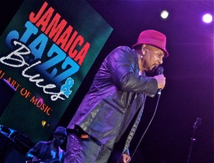 Aaron Neville (NNPA Photo by Dwight Brown)