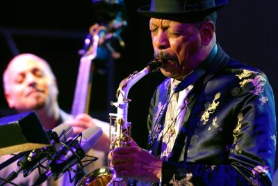 "In this Monday, Oct. 23, 2006, file photo, jazz musician Ornette Coleman, front, performs with his quartet on the closing evening of the Skopje Jazz Festival, in Skopje, Macedonia. Coleman, the visionary saxophonist who pioneered ""free jazz"" and won a Pulitzer Prize in 2007,  died, on Thursday, June 11, 2015 in New York. He was 85. (AP Photo/Boris Grdanoski, File)"