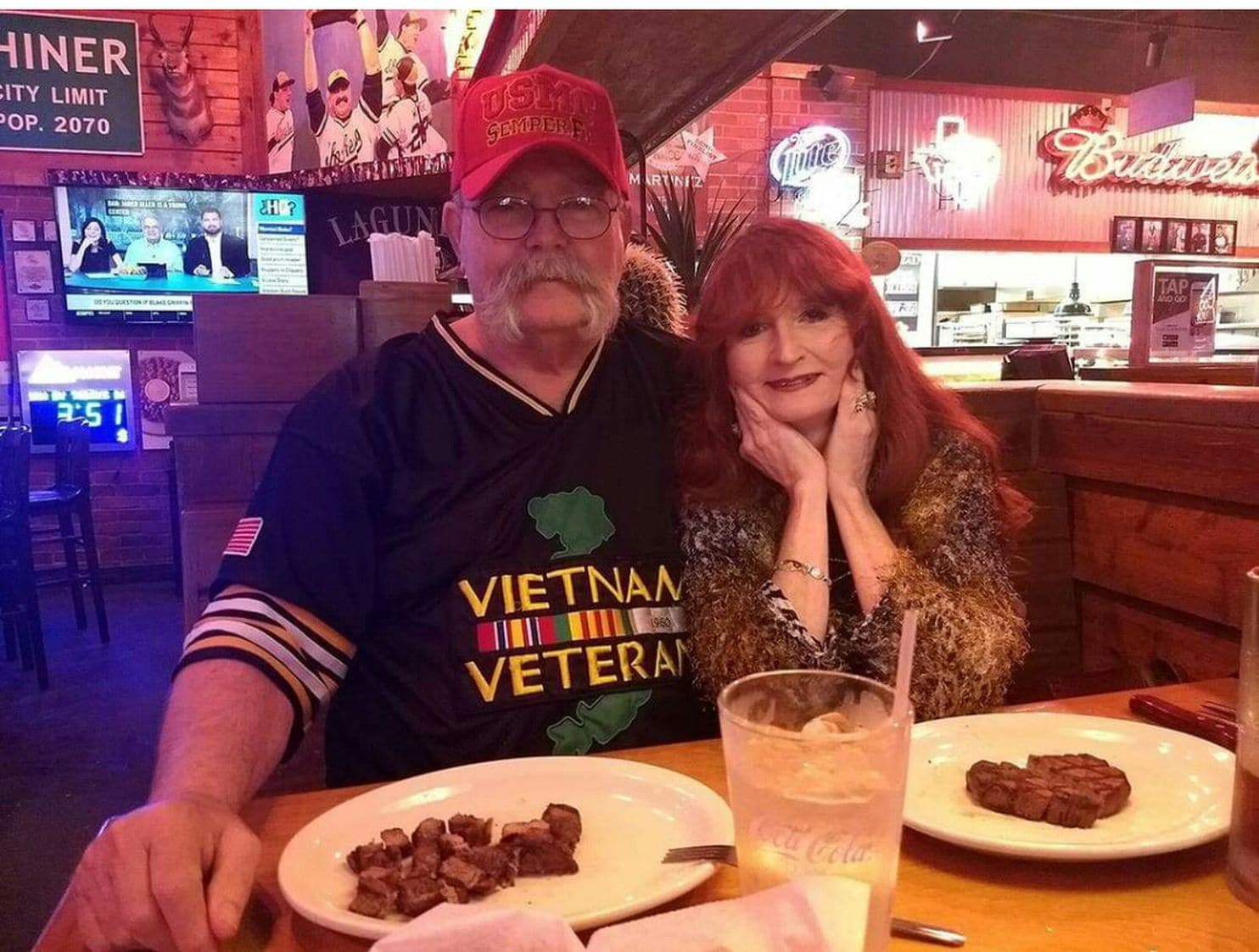 This couple enjoys Texas Roadhouse so much they trained themselves to eat almost nothing else, day or night - The Washington Post