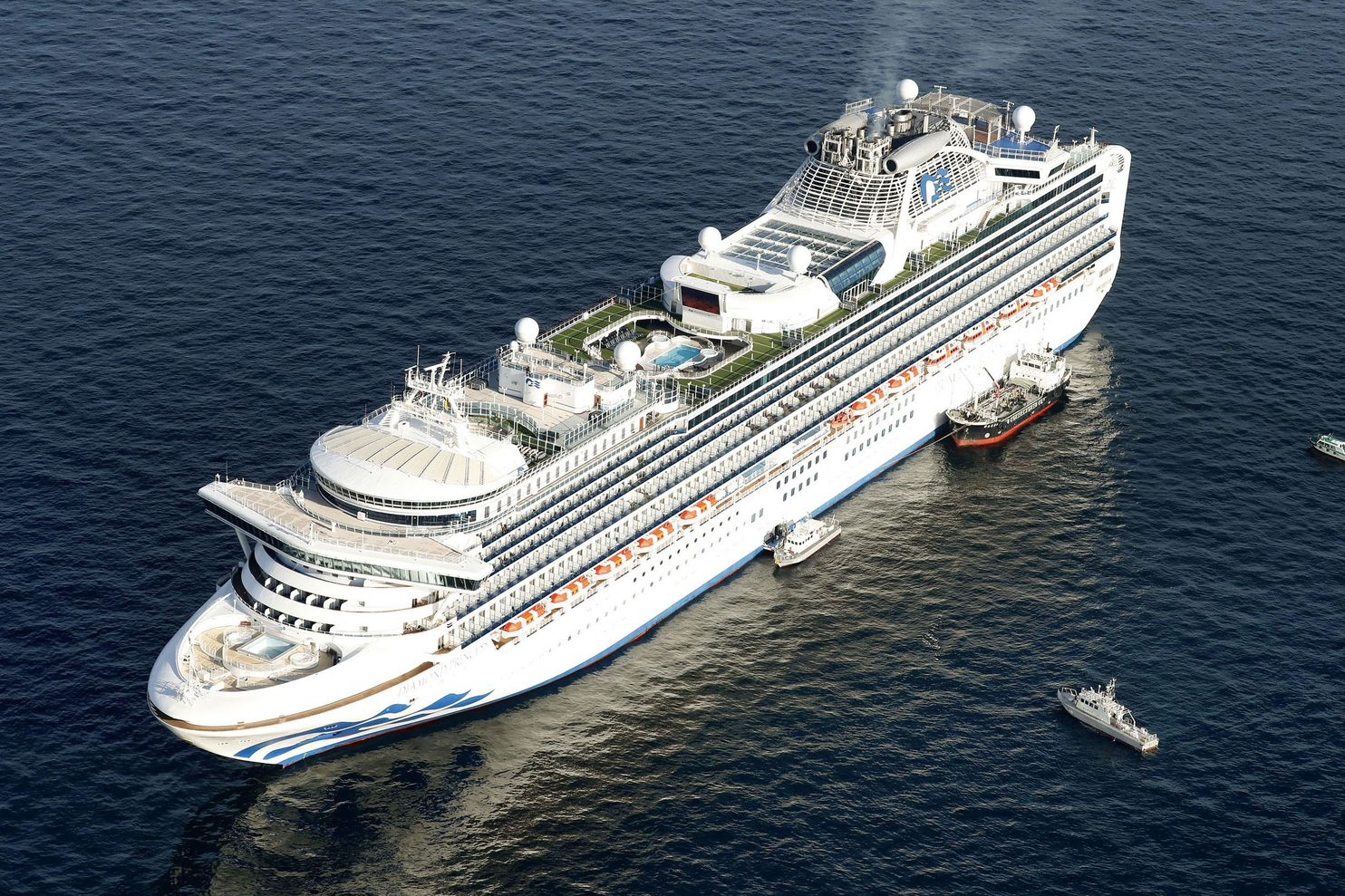 Ten passengers infected with coronavirus on Diamond Princess ...