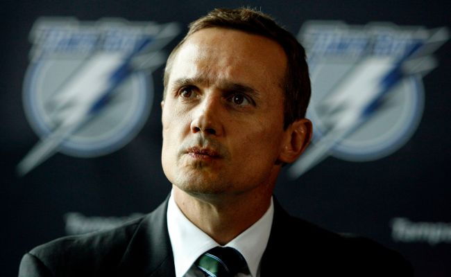 Steve Yzerman Runs The Lightning The Way He Captained The